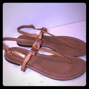 Vince Camuto 'nude' flat sandals size 7